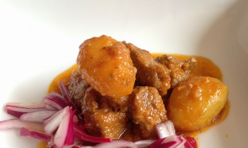 Ranju Indian Recipes - Succulent Lamb curry on the bone or Bone less with Baby Potatoes (Optional)